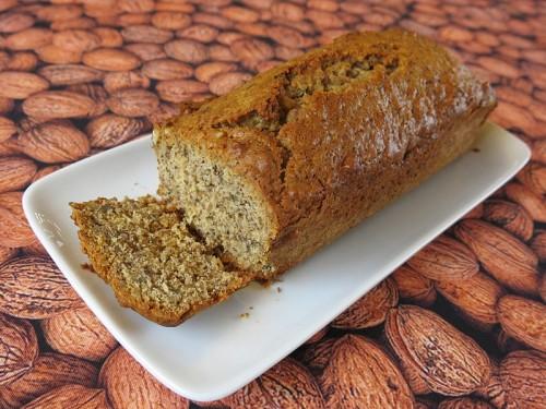 Cake aux noix et au miel de châtaignier
