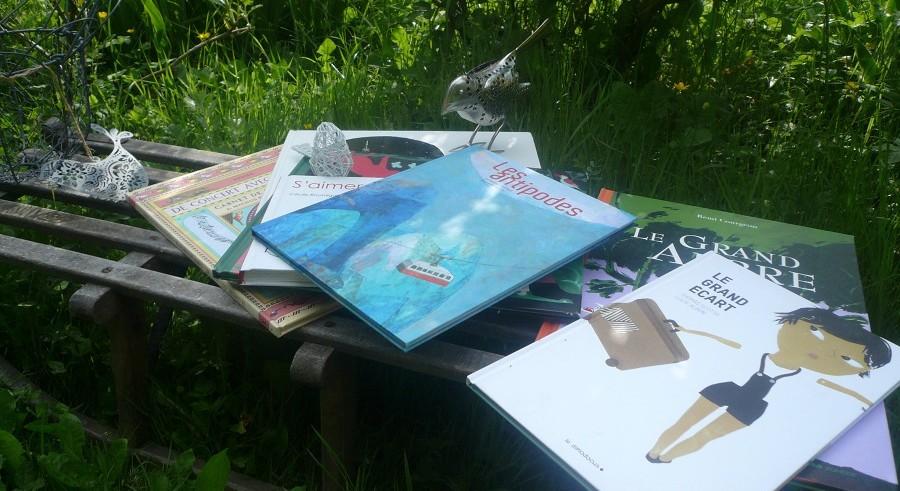 Lectures sur un banc - Biennale de Nord en Sud